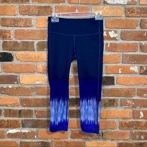 Athleta Blue Print Cropped Leggings Size XS